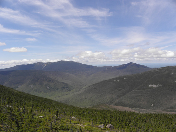 A wider shot to Franconia Ridge and Garfield
